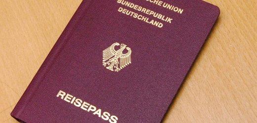 Reisepass mit Fingerabdrücken
